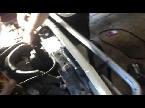 Serpentine belt on a 1996 Jeep Cherokee country