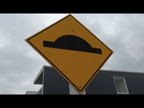 Driving Tests - NZ Road Code - Signs 1-22