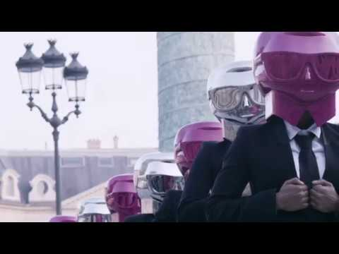 Beauty Butlers Hit the Streets of Paris: KARL LAGERFELD + MODELCO
