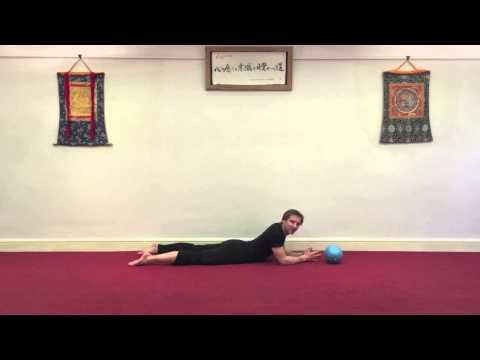 Hip Release part 1 - Quadricep stretching with Danny Bridgeman