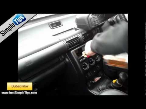 Radio Removal LandRover Freelander (1997-2006) | JustAudioTips