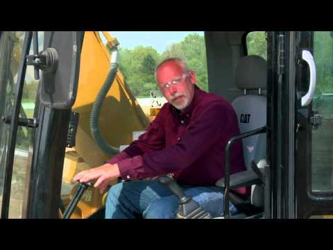 Cat® Hydraulic Excavators | Inside Cab Prep Prior to Operation
