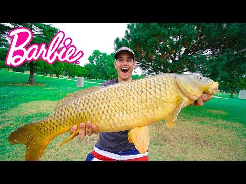 Catching GIANT Fish on BARBIE ROD!!! - City Pond Challenge