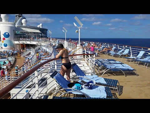 Why You Should Still Book Your Cruise Through a Travel Agent