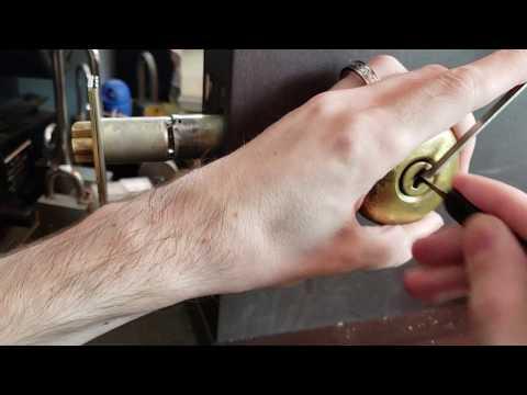 (105) Schlage Wafer locks, pick and gut
