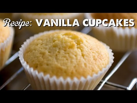 How to Make Vanilla Cupcakes | A Thousand Words