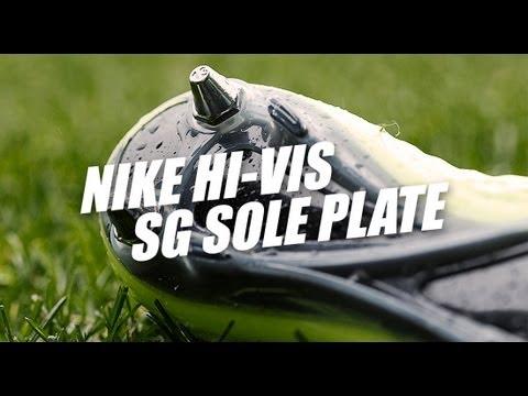 Nike Hi-Vis sole plates: Soft Ground