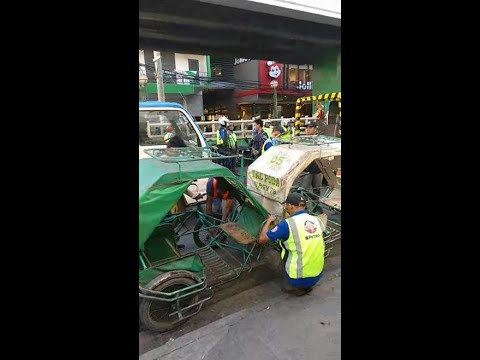 MMDA Pedicab Confiscation