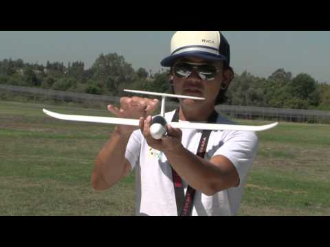 Learn To Fly an RC Airplane with Pete!  In HD!