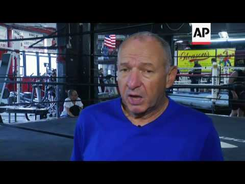 Boxing community in New York mourns Ali