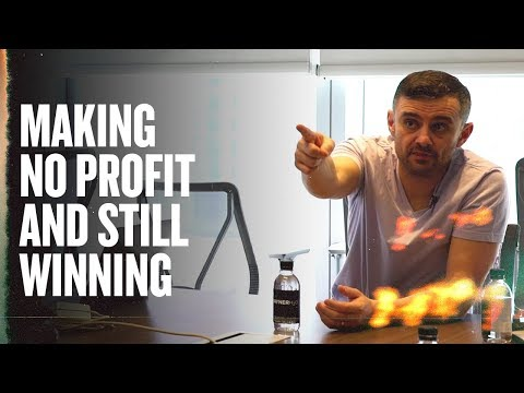 How VaynerMentors Is Helping Businesses Unlock Their Potential | Meeting With Young Nails
