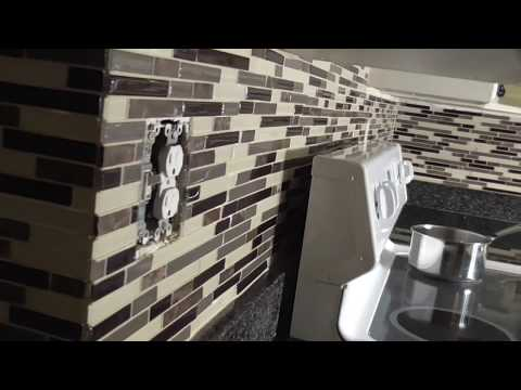 DIY How to Grout BackSplash Glass Tile-Mosaic Pattern