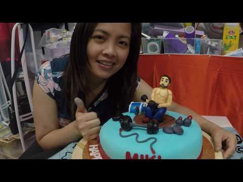 LOVE BAKING Muscleman Fondant Cake..:)