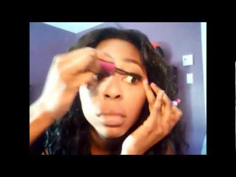 Natural Makeup & Pink Lipstick
