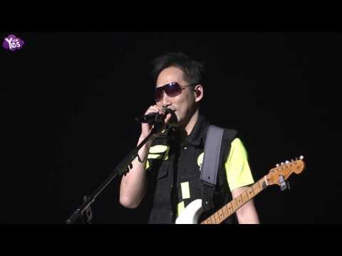 五月天復刻演唱會 戴墨鏡開唱超搞笑