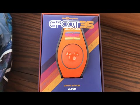 Racing the Friendship Boats | Epcot 35th Anniversary MagicBand | Hollywood Studios