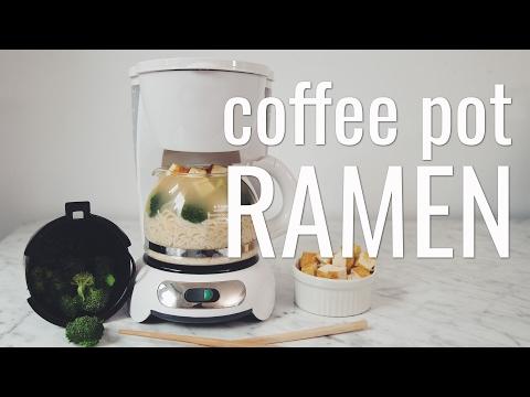 COFFEE POT RAMEN (VEGAN MACGYVER COLLAB) | hot for food