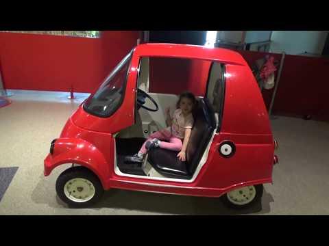 RED CAR - Kindergarten Fun - Kids Love To Play