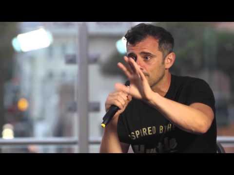 Gary Vaynerchuk Interview on the Startup Grind   LA 2015