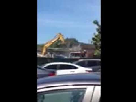 Capitol Toyota Demolition Continues   April 5, 2017