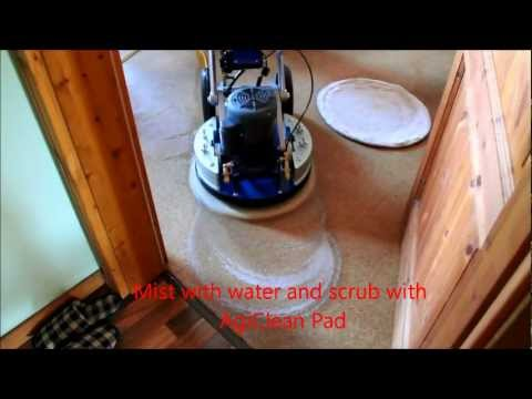 Orbot Cleaning Cork Floor