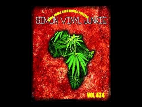 2012 REGGAE ROOTS CULTURE + LOVERS ROCK MIX CD