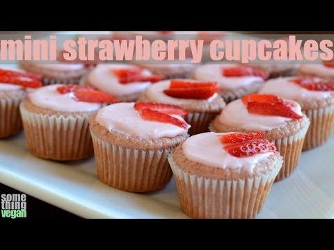 mini strawberry cupcake recipe (vegan and gluten-free) Something Vegan