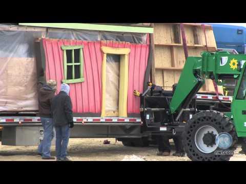 Fair Oaks Farms gets treehouse from TV show