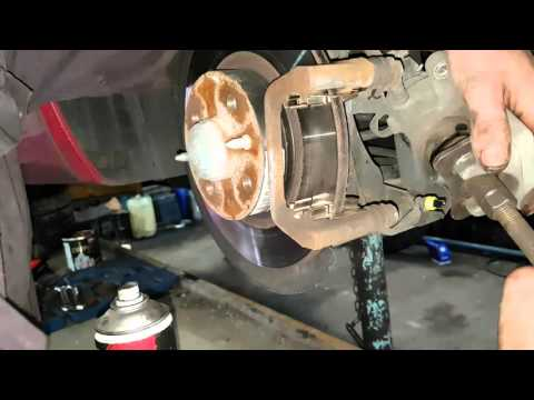 How to replace rear pads on new alfa mito 2013