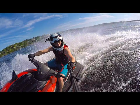 The Lake Life! How to Drive a Waverunner/Jet Ski