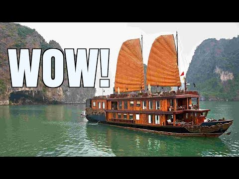 LIFE CHANGING! Halong Bay Cruise in Vietnam