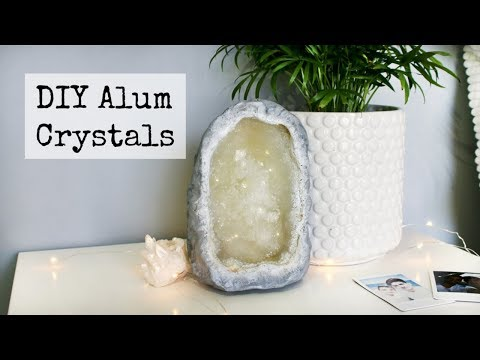 DIY Faux Alum Crystal Geode Tumblr Decor | DanDIY