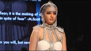 Akshara Haasan Walk Her Ramp In Mumbai Fashion Show