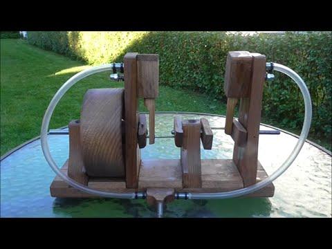 Wooden 2 Cylinder Oscillating Air Engine