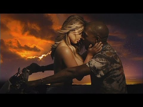 Xxx Mp4 كيم كارديشيان، عارية الصدر في فيديو كليب خطيبها Le Mag 3gp Sex