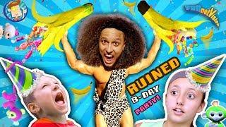 TARZAN AT BIRTHDAY PARTY! ♫ Giant Pinata ROMPE Song ♬FV Fingerlings Pet Monkey Skit