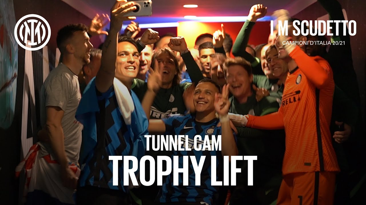 TUNNEL CAM   EXCLUSIVE BEHIND THE SCENES OF INTER'S TROPHY LIFT! 🏆😂😜🖤💙 #IMScudetto