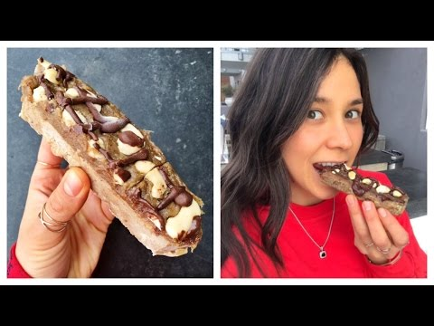 HEALTHY SNICKERS BAR! (Raw Vegan)