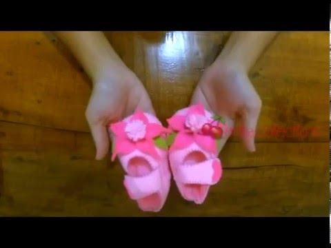 Easy DIY Felt Baby Shoes tutorial