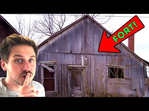 ABANDONED VILLAGE FORT! (Treasure Map FOUND!)