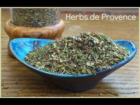 How to Make Herbes de Provence - The Easy-to-Make French Herb Blend