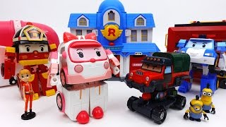 Transforming Ambulance Amber Transforming Base & Robocar Poli Parking Tower Playset