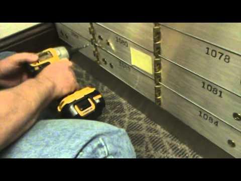 11 000867 A V of safety deposit box 1