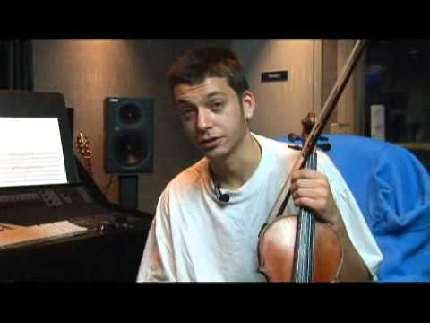 How to Play a D Sharp Minor Violin Scale