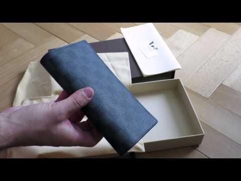 Louis Vuitton - Brazza Wallet Review