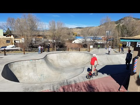 One Run Through The Salida SkatePark on my Dirt Jumper Bike