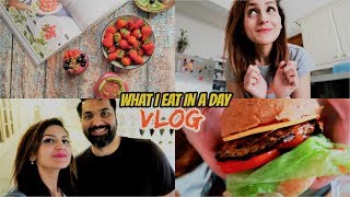 What I Eat In A Day VLOG | Unboxing Samsung S9 plus | Pakistani Youtubers