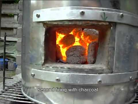 Construction of a Tandoor -- Indian clay oven
