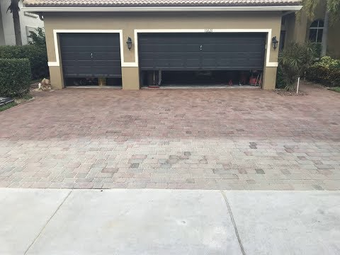 Pressure Cleaning & Sealing Pavers Delray, restoring Faded Pavers
