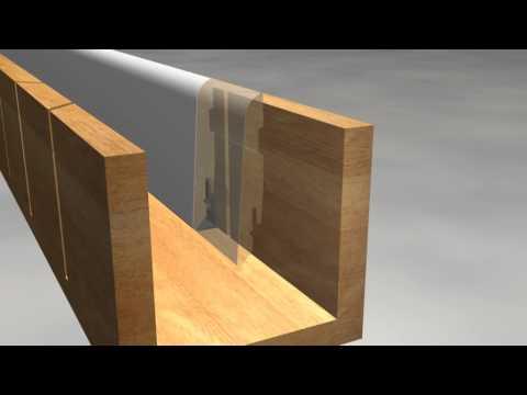 mitre cutting on skirting / Gehrungsschnitt bei Sockelleisten